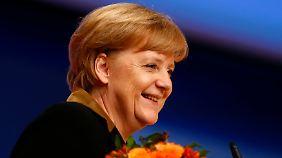 Als Partei-Chefin wiedergewählt: Merkel strotzt vor Selbstbewusstsein