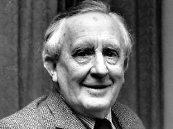 Tolkien wurde 1892 geboren. Der passionierte Sprach- und Literaturwissenschaftler starb 1973.