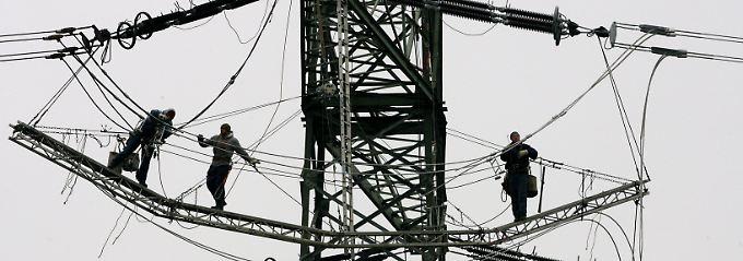 Der Netzausbau zählt zu den größten Herausforderungen der Energiewende.