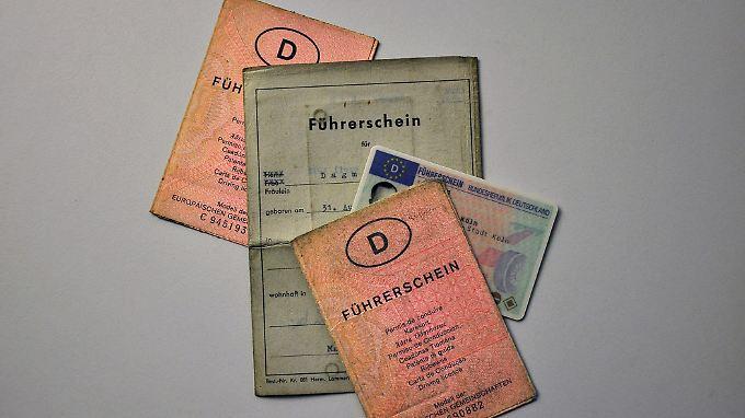 Bei acht Punkten wird der Führerschein in Zukunft für mindestens ein halbes Jahr eingezogen.