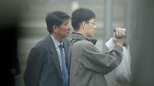 Fotos aus dem abgeschotteten Nordkorea: Hin und wieder lachen sie auch