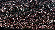 Die Nordkoreaner feiern ihren Raketentest als großen Erfolg.