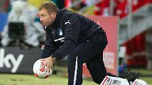 Er hat keine Chance: Hoffenheims Interimstrainer Frank Kramer.