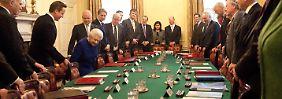 Das gab es seit 1781 nicht: Queen besucht ihre Regierung