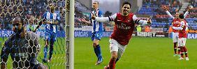 Der ist drin: Arsenals Mikael Arteta nach seinem verwandelten Elfmeter.