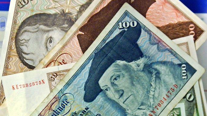 Zwar sind auch noch D-Mark-Schein im Umlauf, aber den Großteil des zurückgehaltenen Geldes machen Münzen aus.