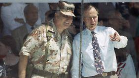 Schwarzkopf und sein Chef: Bush senior.
