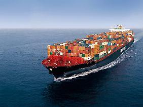 Schiffe von der Größe dieses Frachters könnten zu Autowerken mutieren.