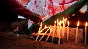 Gruppenvergewaltigung in Indien: Studentin erliegt ihren Verletzungen