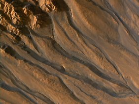 Auch auf dem Marsboden befindet sich Wasser in gefrorenem Zustand.