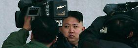 Versöhnung mit Südkorea, Öffnung für ausländische Investoren - Kim schlug zuletzt für seine Verhältnisse überaus liberale Töne an.