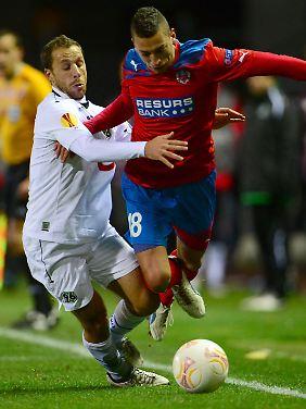 Viele wollten ihn, Fürth hat ihn bekommen. Jetzt soll Nikola Djurdijc die Rekordablöse mit Toren zurückzahlen.
