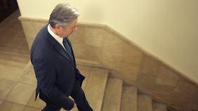 Wer ist schuld am BER-Desaster?: Opposition fordert Wowereits Rücktritt