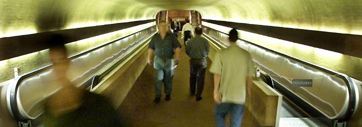 Nützliches Personenförderband: Die Rolltreppe wird 125