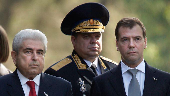 Zyprisch-russische Freundschaft: Zyperns Präsident Dimitris Christofia empfing 2010 den damaligen russischen Staatschef Dmitri Medwedew.