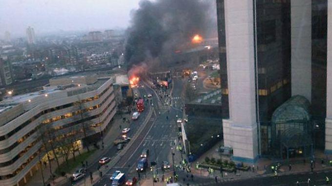 Nahe der Unglücksstelle liegt die Zentrale des Auslandsgeheimdienstes MI6.