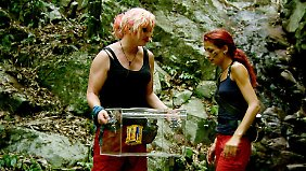Olivia und Fiona finden einen Schatz.