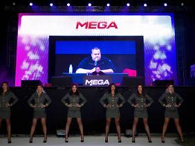 Präsentation der Plattform Mega.