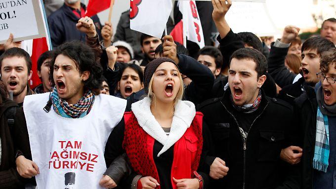 Viele Linke interpretieren den Patriot-Einsatz als Machtexpansion im Nahen Osten.
