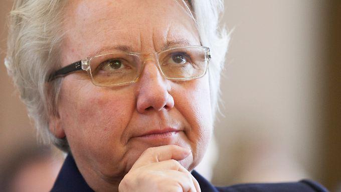 Steht seit Monaten wegen der Plagiatsaffäre unter Druck: Bildungsministerin Schavan.