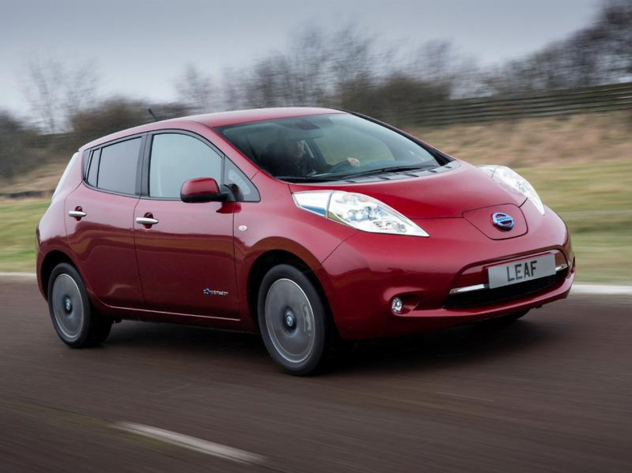 Nissan und Mitsubishi planen: Japaner tüfteln an Billig-Elektroauto ...