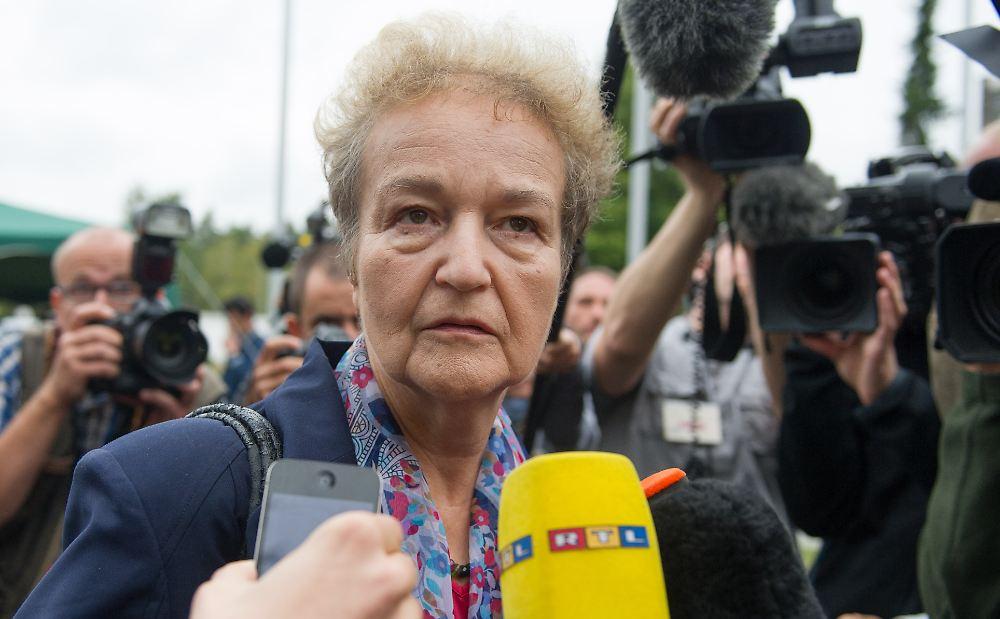 Die Juristin <b>Herta Däubler-Gmelin</b> war von 1998 bis 2002 Justizministerin. - 34018619-1-