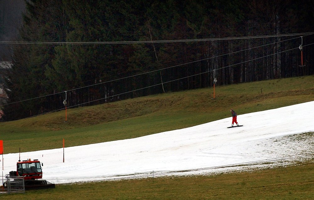 konsequenzen f r skigebiete klimawandel gef hrdet winterurlaub n. Black Bedroom Furniture Sets. Home Design Ideas