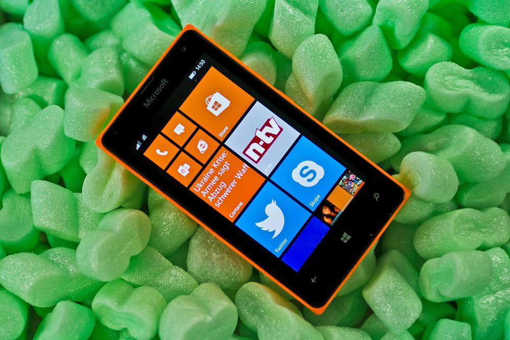 microsoft lumia 435 wie gut ist ein 90 euro smartphone. Black Bedroom Furniture Sets. Home Design Ideas