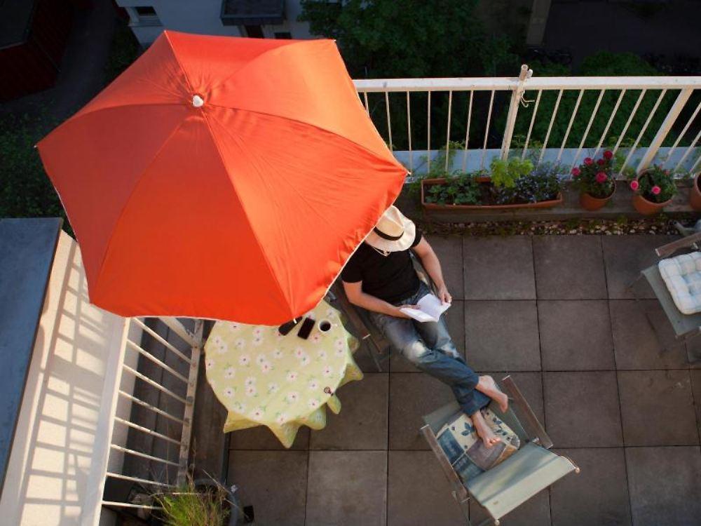 Barbeque Grillen Terrasse Ideen platzsparende Designs