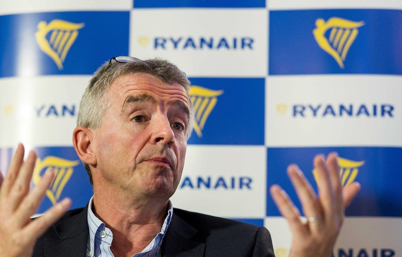 Ryanair siedelt sich in Schönefeld an: Mit Kampfpreisen ...