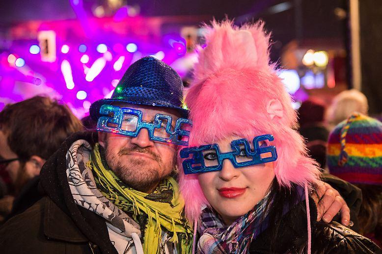 Hierzulande liegt ja die Neujahrsfeier schon seit Wochen hinter uns, ...