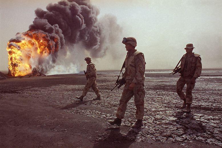Als alliierte Kampfverbände vor 25 Jahren die irakischen Truppen aus Kuwait zurückdrängten, reagierten Saddam Husseins Truppen, indem sie hunderte Ölquellen auf ihrem Weg in Brand setzten.