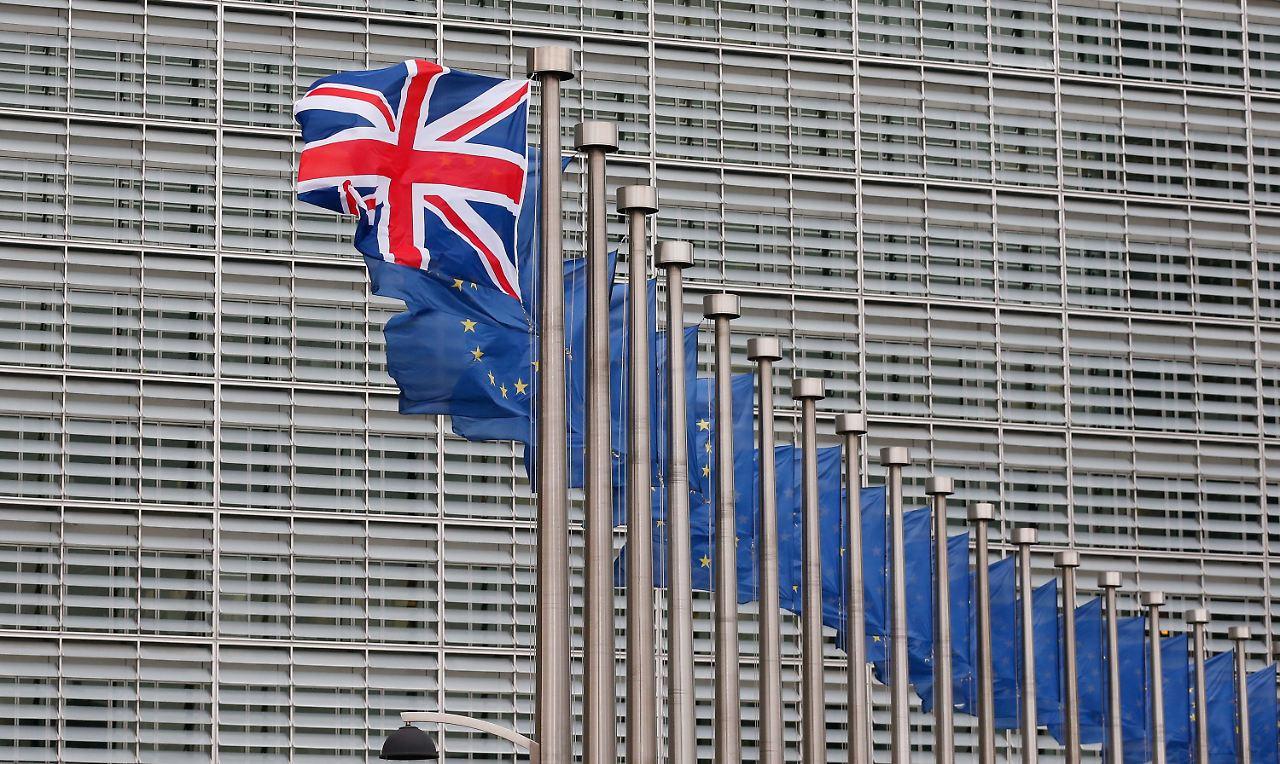 Wettbüros senken die Quoten: Brexit-Anhänger fühlen sich im Aufwind ...