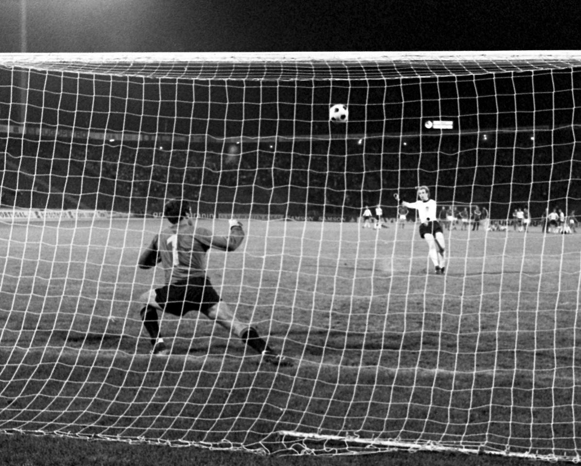 Hoeneß Elfmeter 1976