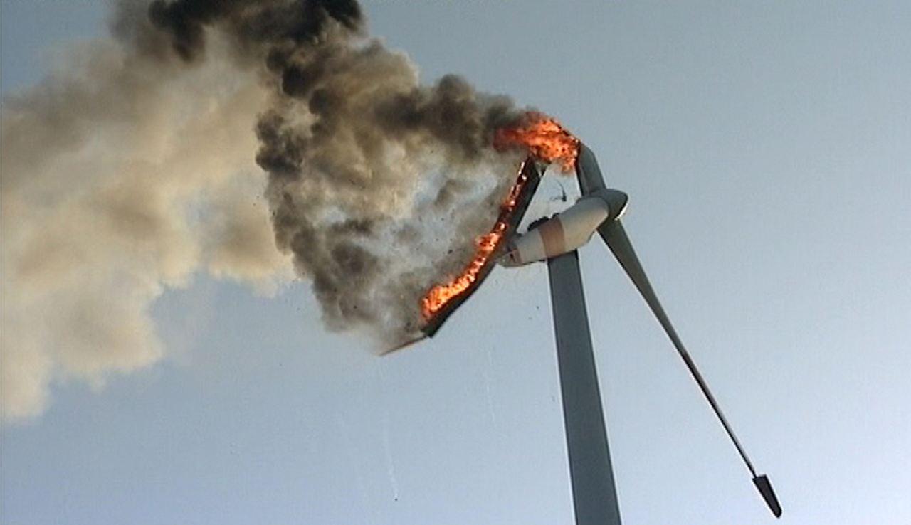 Windkraftanlage Brennt