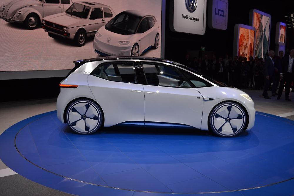 volkswagen zeigt in paris die elektroauto studie i d n. Black Bedroom Furniture Sets. Home Design Ideas