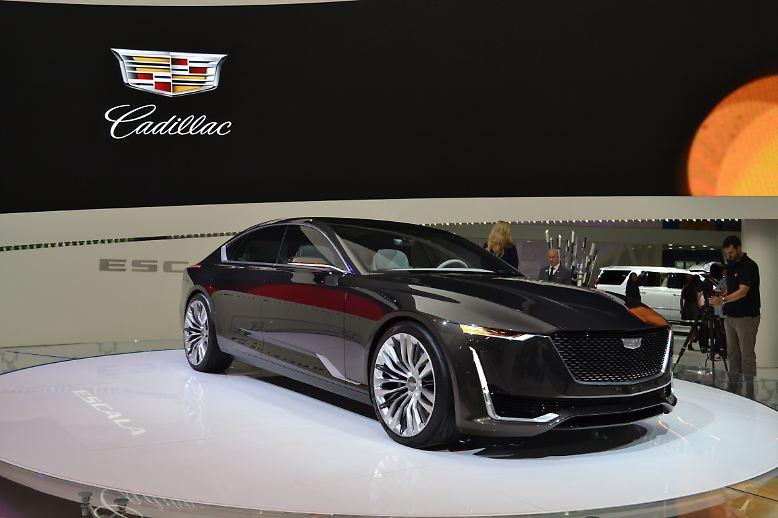 Auf jeder Automesse gibt es einen Kracher. Der ist mal größer und mal kleiner. Auf der Auto Show in Los Angeles war es jedenfalls die bildschöne Studie des Cadillac Escala. Mit 5,35 Meter überragt er die europäische Konkurrenz um einiges. Aber das Einparken ...