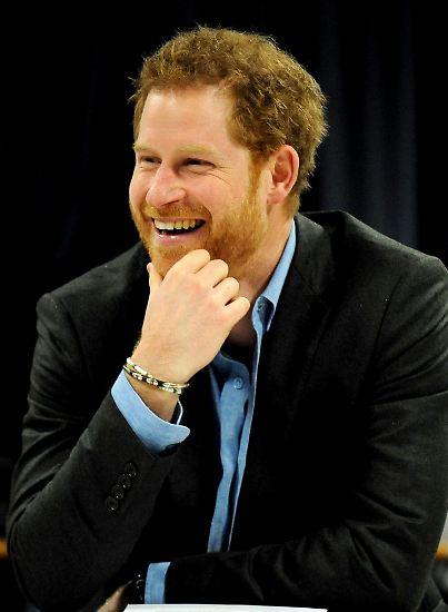 Millionen Britinnen - und nicht nur die - schmelzen bei diesem Lächeln dahin: Prinz Harry ist einer der begehrtesten Junggesellen der Welt. Er kommt nicht nur ...