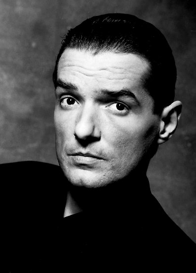 """""""Er war Superstar. Er war populär. Er war so exaltiert, because er hatte Flair ..."""" sang Falco in """"Rock me Amadeus"""" und es war, als ob er sich selbst damit beschrieb."""