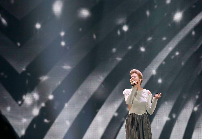 Für die deutsche Teilnehmerin des Eurovision Song Contest 2017 geht eine enttäuschende Nacht zu Ende: ...