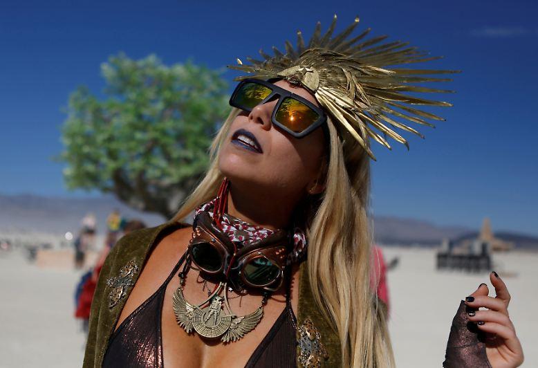 Es ist wieder soweit: Wie jedes Jahr um diese Zeit suchen tausende Partywütige die Black-Rock-Desert im US-Bundestaat Nevada heim.