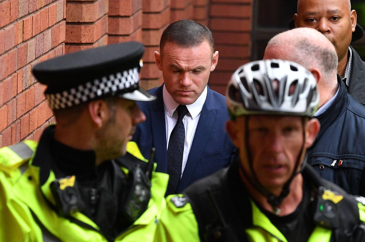 Wayne Rooney muss 100 Sozialstunden leisten