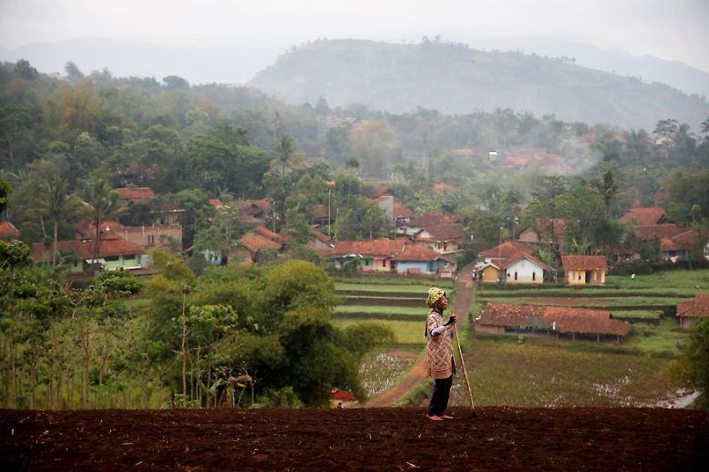 Im abgelegenen Distrikt Majalaya in der indonesischen Provinz West-Java leben die Menschen überwiegend von der Landwirtschaft.