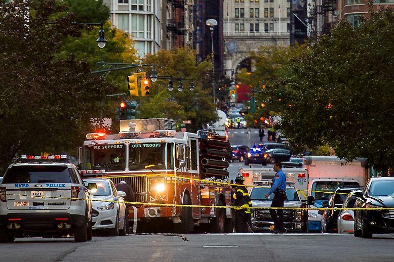 """Der US-Präsident meldet sich via Twitter zu Wort: """"Es sieht wie eine weitere Attacke einer sehr kranken und gestörten Person aus."""""""