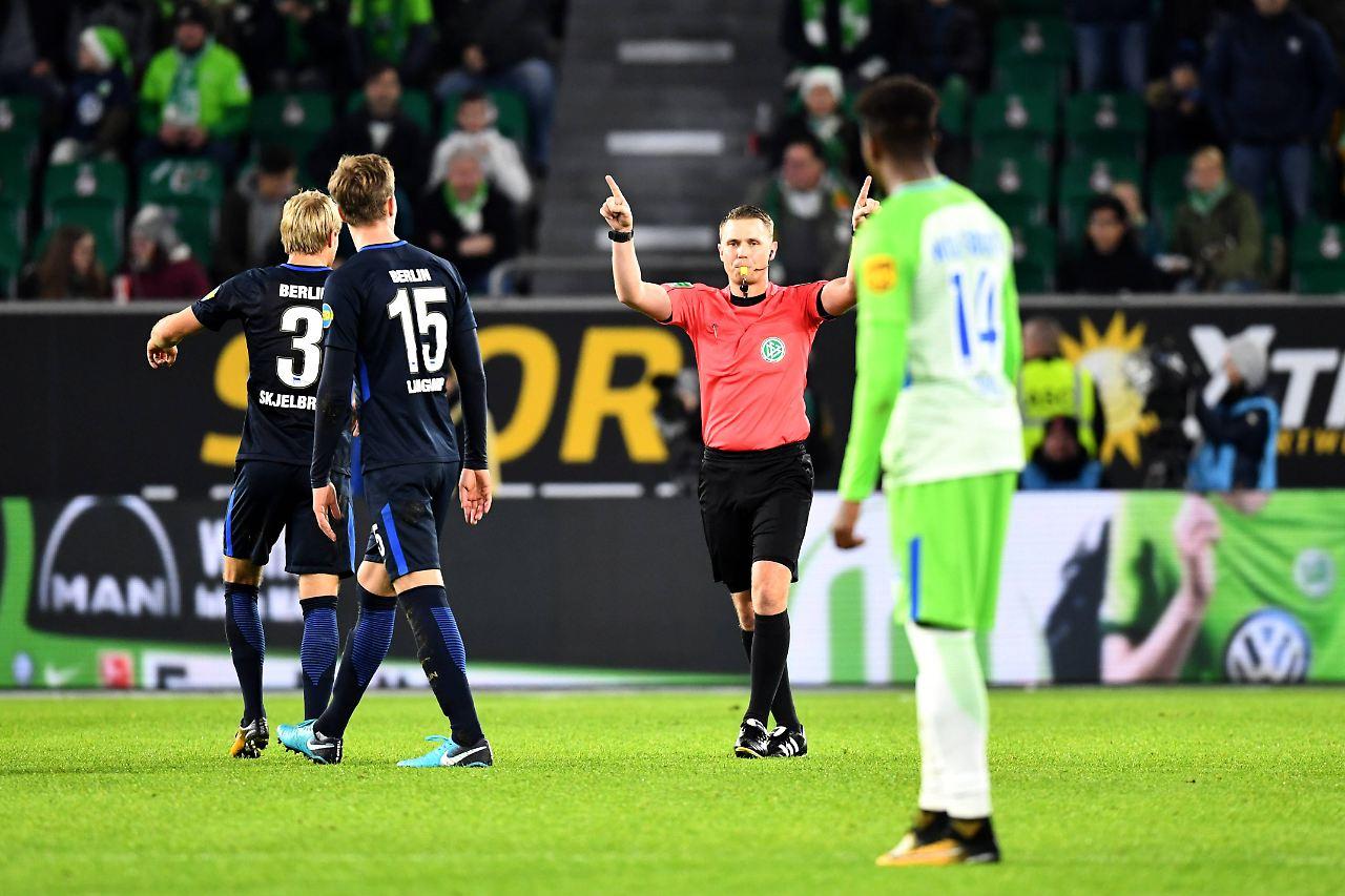Schiedsrichter Wolfsburg