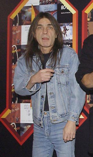 Eine Rock-Legende ist tot: Malcolm Young ist im Alter von 64 Jahren nach langer Krankheit gestorben.