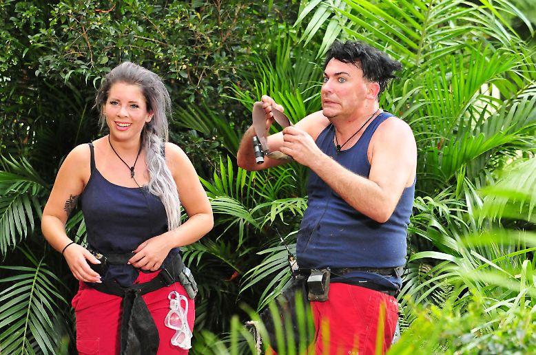 Das Dschungelcamp ist kein Wellness-Urlaub. Am eigenen Leibe dürfen das Jenny Frankhauser und Matthias Mangiapane …