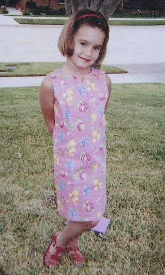 Oftmals sucht man vergebens nach wirklich frühen Fotos von Stars. Nicht so bei Demi Lovato. Die ...