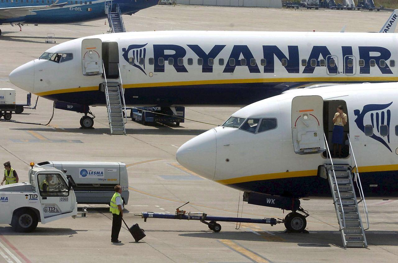 Kostenlose Umbuchung möglich: 250 Ryanair-Flüge fallen am ...