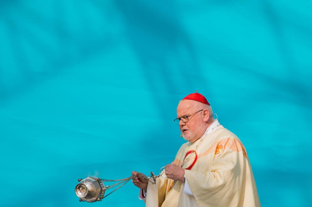 Tausendfacher Missbrauch: Bischöfe kritisieren das System Kirche - n ...